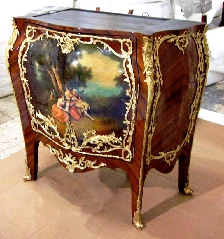 Fine French Louis Xv And Vernis Martin Style Meuble D