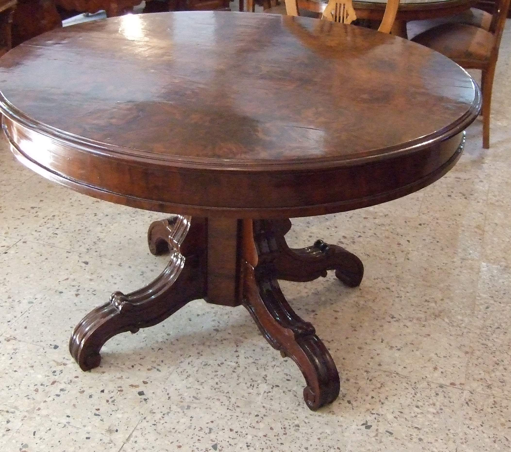 Beech Wood Victorian English Style Center Table